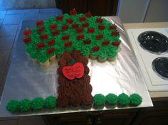 Family Tree Cupcake Cake