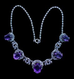 Necklace    1930