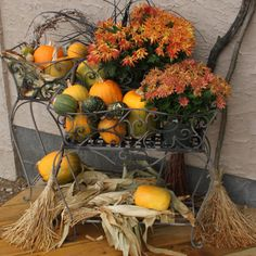 """""""Pumpkins on Porches!"""" My FAVORITE thing about fall."""