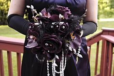 Comic Book Wedding -- ALTflowers Catwoman-inspired bridal bouquet