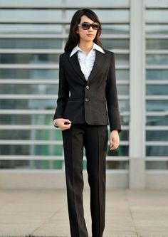 great suit example just make sure when you go into the interview or job you don't wear your sunglasses inside or on your head. work clothes, career, suit, work attir, job interview, appropri attir, interview outfit, interview attir, fashion women
