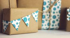 printable gift wrap download via howjoyful