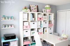 #papercraft #craftroom #studio Love this craft area! Great use of the ikea expedit.