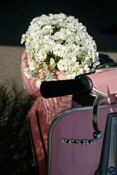The perfect planter for flowers on Mothers Day! i-love-vespas