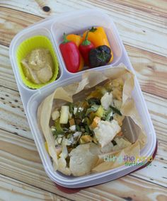 Picnic lunches packed in #easylunchboxes containers