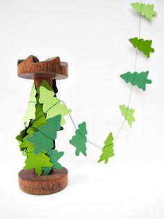 Xmas trees paper garland