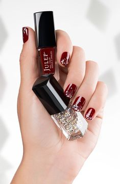 Holiday glitz . #Nails #manicure #nailart #naildesign #nailpolish