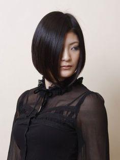 Sleek Dark Japanese bob Hairstyle
