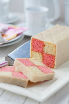 Going Batty for the Jubilee | The Daring Kitchen's battenberg cake