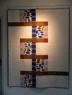 Modern Quilt Relish: Des Moines Modern Quilt Guild show up in the gallery