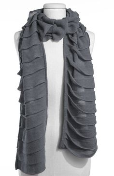 grey scarf, easy to make