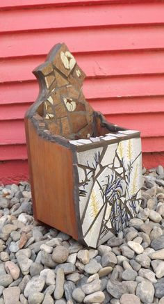 Mosaic letter box by PiecesofhomeMosaics on Etsy, $48.00