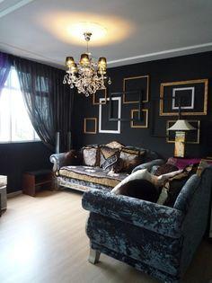 Alternativa para a parede! dark interiors, living rooms, black walls, graphic designers, empty frames, dark walls, living room designs, picture frames, frame gallery