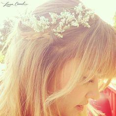 Lauren Conrad wearing a flower wreath #LaurenConrad #hair