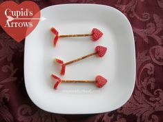 Cupid's Arrows :: A Healthy Valentine's Day Snack on creativefunfood.com