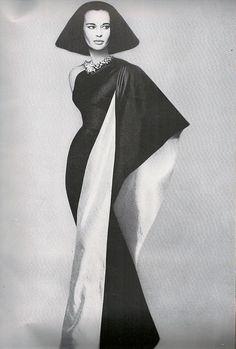 Gloria Vanderbilt in Mainbocher photographed by Richard Avedon.