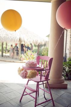 HIgh chair balloons