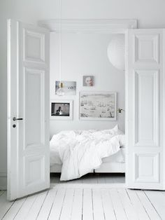 interior design, the doors, white spaces, dream, white rooms, white bedrooms, hous, swedish style, white interiors