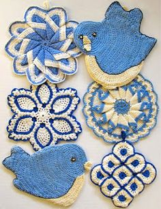 Sorry no patterns but love these potholders!