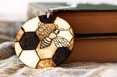 Honeycomb Bee Necklace Pyrography Pendant woodburn pyrographi, pyrographi woodburn, bee necklac, honeycomb bee