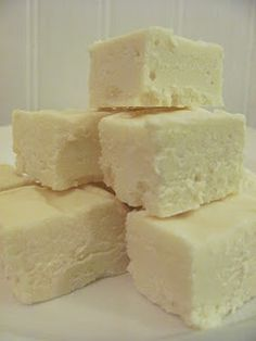 Super Easy Buttercream Fudge.....worth a try!