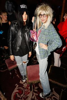 diy halloween costumes, costume ideas, waynes world costume, parti