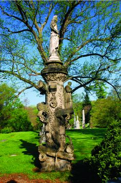 The Fritz family monument stone was carved to look like a tree trunk by sculptor Herman Suhre. - Spring Grove Cemetery, Cincinnati,  OH