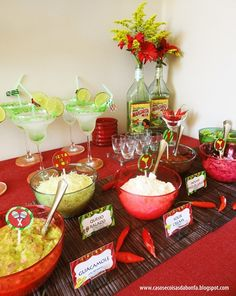 I'm so doing this for my birthday house party...... Taco Bar