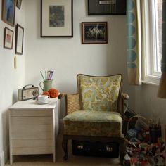 Knitting corner! So perfect.