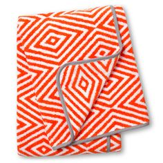 Absolutely covet this towel range from @jonathanadler! Someone please tell me there are #Australian #stockists