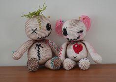 Voodoo Dolls - free crochet pattern