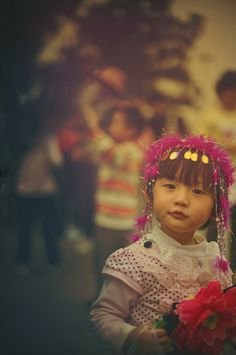 A little girl in China... - photo from #treyratcliff at http://www.StuckInCustoms.com - all images Creative Commons Noncommercial