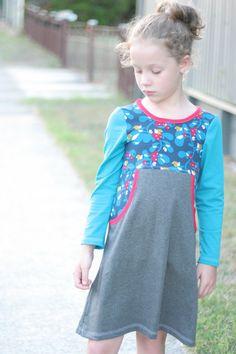 Girl Next Door Dress pattern - knit dress PDF pattern - kangaroo pocket - optional sleeves