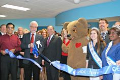 This week, Choco Bear visits CHOC's new health center in Corona, which allows the health system to serve more children throughout Southern California. #thxCHOC