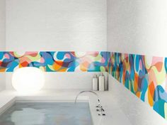 Bright Bathroom Design with Unique Lamp