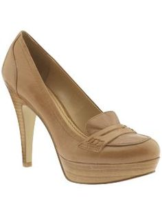 nine west abalene $89 in taupe