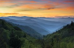 Smoky Mountains Park sunrise
