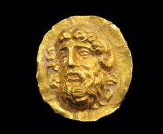 Hellenistic Gold Applique Depicting Zeus Ammon.