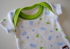 another tutorial on making these shirts with a serger.  great tutorial