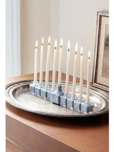 How to make a menorah out of salt-and-pepper shakers and sand. #hannukah #crafts