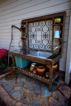 pot tabl, back doors, diy outdoor potting bench, pot bench, garden gates, outdoor sink, potting tables, potting benches, iron gate