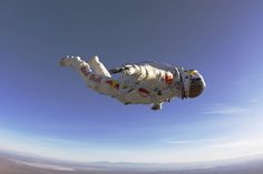 Felix Baumgartner, test flight.
