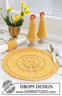 "Crochet DROPS place mat, egg warmer and serviette ring in ""Safran"" and ""Glitter"". ~ DROPS Design"