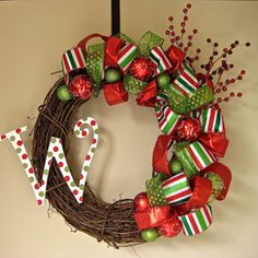 christma wreath, christmas wreaths, outdoor decorations, lantern, idea