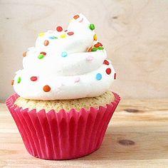 Vanilla Bean Cupcakes with White Chocolate Buttercream