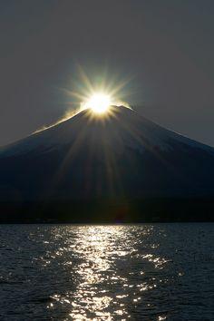 Diamond Mount Fuji, Japan