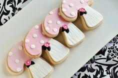 Pink Woodland Sugar Cookies by Sweetapolita, via Flickr