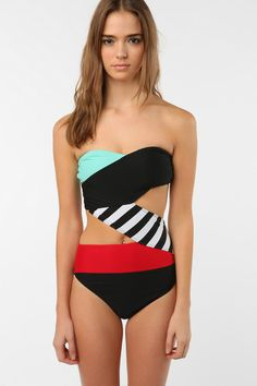 One Piece Swimsuits | Best One Piece Swimsuits For This Summer