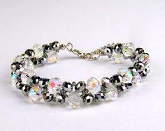 Free pattern for bracelet Snow Queen