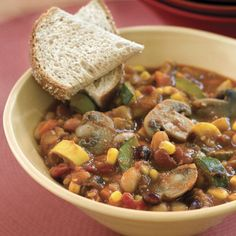 Slow cooker healthy veggie chili